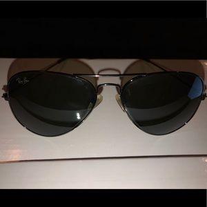 Aviator style Black Ray-Bans